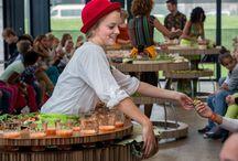 Scènefoto's City of Dreams / Bekijk hier de scènefoto's van de openingsvoorstelling City of Dreams van Maas theater en dans!