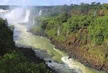Argentina / Terra dei #laghi, della #Patagonia, delle cime delle #Ande, delle suggestive #cascate, terra del #tango e dei palazzi barocchi e neoclassici. Terra di passione!