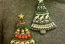 Christmas brooches / ornaments
