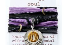 Yoga Love / all-things yoga - clothing, accessories, workouts, mindset.
