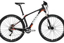Mountain Bikes / Bikes