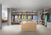 Walk-in closet / Begehbarer Schrank