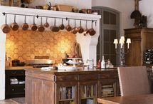 Kitchen / by Hope Jennings