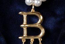 Origine des bijoux - A History of Jewelry