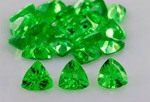 Tsavorite Garnet - RasavGems / Rasav Gems a top rated Green Tsavorite Garnet wholesale suppliers of natural gemstone sell precious and semi-precious stones at a competitive price. We reach to the customers all over the world.