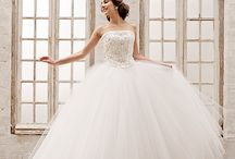 Wedding Dress/ウェディングドレス / シンデレラ&コー オリジナルの新作&人気ウェディングドレスをご紹介♪シンプルでふんわりとした、大人のシックな愛らしいデザインのウェディングドレス。