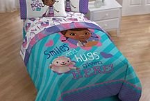 Kileigh & Emmsley bedroom / by Anna Lolley-Ball