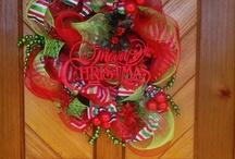 Wreaths / by Connie Tufte
