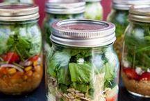salades in en potje.....salad in a jar! / gezond eten en zó handig in een glazen potje!
