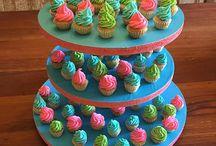 Postres y Cupcakes / Postres y Cupcakes de PASTELERIA PAULA BEBIN