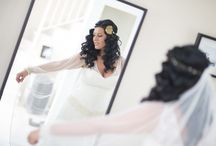 Una novia victoriana / Fotografías de los complementos estilo victoriano en encaje de oro que llevó el día de su boda, una de nuestras clientas.