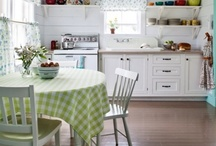 Kitchens / Ahhhh smell all the wonderful aromas.......... / by Wanda Lakey