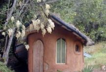Earthhouse, Glashouse & Tiny house