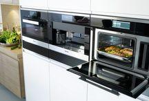Keukenapparatuur || Innovaties / Voor degene die van anders houdt en vooruitstrevend is; Miele-keukenapparaten. Hieronder vind je allerlei innovaties die niet mogen ontbreken in jouw nieuwe keuken!