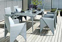 Tuinmeubel design / Moderne luxe buitenmeubelen (bijv. modulaire lounge set met modern ligbed, tuintafel, buitenbank, cubic tuinstoel of zonne lounge eiland)