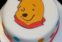 Winnie-the-Pooh cake
