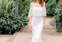 Best Wedding Planning Hacks / wedding dress ideas + inspiration for fashionable brides-to-be, former brides + those soon to be engaged....who doesn't love looking at fashionable and pretty wedding dresses?!