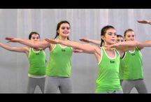 Cvičení a tanečky