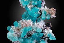 kristályok, kövek