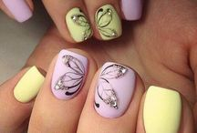Nails / Decorated nails