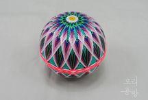 Temari balls