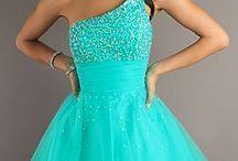 Blauwe Jurken / Dit zijn allemaal coole blauwe jurkjes!