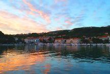 Insel Rab / Schöne Urlaubsorte auf der Insel Rab, Kvarner Bucht, Kroatien.