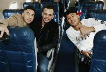 Neymar JR , Jo Amancio i Gil Cebola