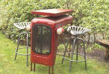 Traktor asztal és székek / Traktoros asztal és székek. Egyedi lakberendezési termékek. Különleges hangulat.   Tractor table and chairs. Unique furnitures. Outdoor furnitures.