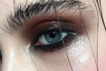 Wet makeup