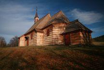 dřevěné kostelíky
