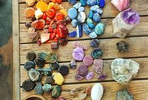 Pierres naturelles / Pierres utilisées dans la fabrication des colliers et bracelets Pur Noisetier.