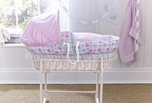 Pink Wicker Moses Basket / 0
