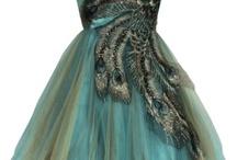 Dreams Dresses / by Melissa Siqueira