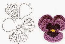 háčkované kytky