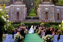 Wedding Reception Venues - iwedplanner / Book your wedding reception venues to celebrate your wedding.