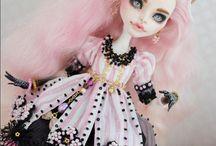 OAK dolls