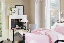 pretty bedroom / by Vicky Roy