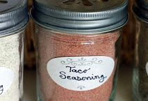 Beef Seasonings & Rubs / Rubs are a great, inexpensive way to add some flair to your cooking! You can always make a lot ahead of time and store in small mason jars!