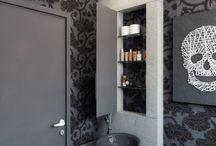 Banheiro contemporâneo / O banheiro contemporâneo não exige uma linha tão sóbria, e pode ser misturado sutilmente com outros estilos!