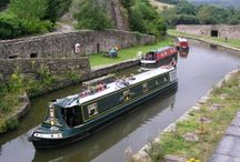 Narrow canal boats