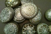 kiviaarteita