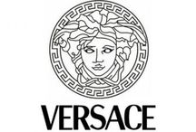 Versace / Haute Couture Fashion Sows from The Italian FashionLabel Versace