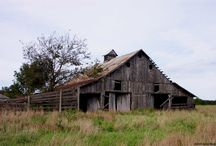 Barns and Country Living