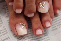 nails weeding