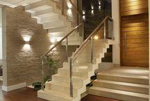 Escadas e guardas interiores