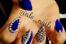 nails artist