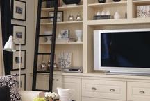 Bookcase / TV