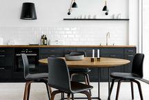 Küchenzeile Tisch